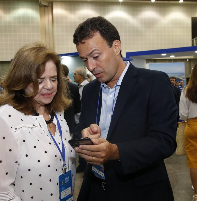 Roseane Medeiros E Danilo Serpa