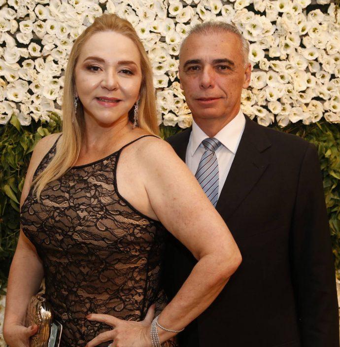Sandra Fujita E Rogerio Torres