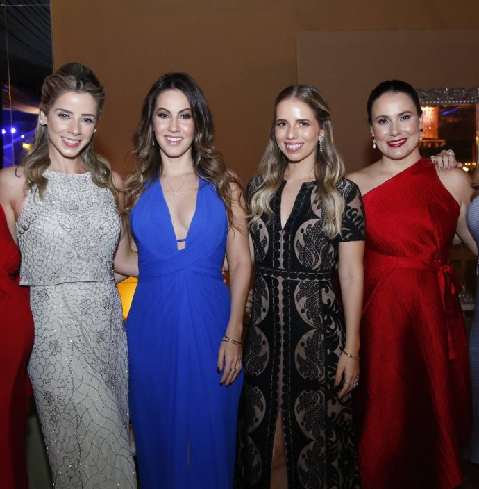 Sarah Asfor, Larissa Ary, Nathalia Brasil, Beatriz Machado, Ticiana Satiro E Isabel Brasil
