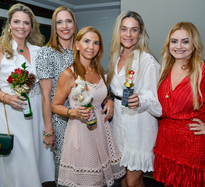 Tais Pinto, Ana Claudia Canamary ,Wayne Moreira, Celia Magalhães e Ana Cristina Camelo