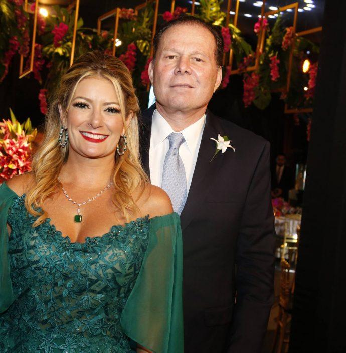 Tatiana Luna E Julinho Ventura