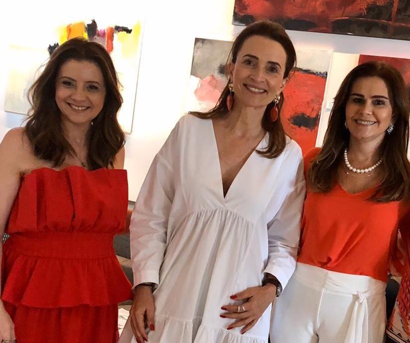 Ivana Bezerra recebe Andrea Natal e Emília Buarque para almoço no Hotel Sonata