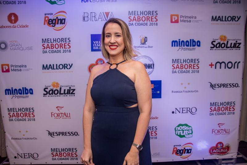 Izakeline Ribeiro pilota a premiação dos MelhoresSaboresdaCidade