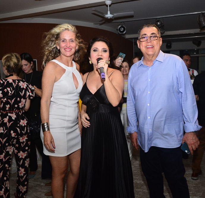 Adília Magalhães, Carol Damasceno E Adroaldo Carneiro