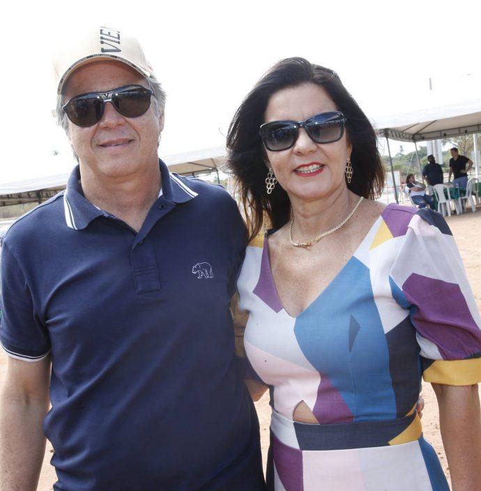 Adriano E Silvia Borges
