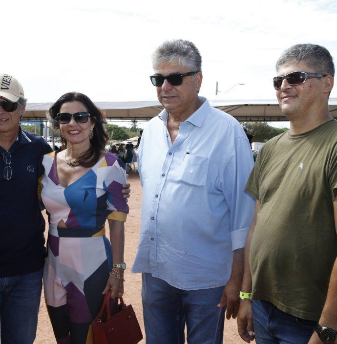 Adriano E Silvia Borges, Henrique Carneiro E Romildo Lierbert