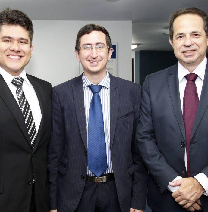 Alan Mesquita, Roberto Victor E Joao Milton