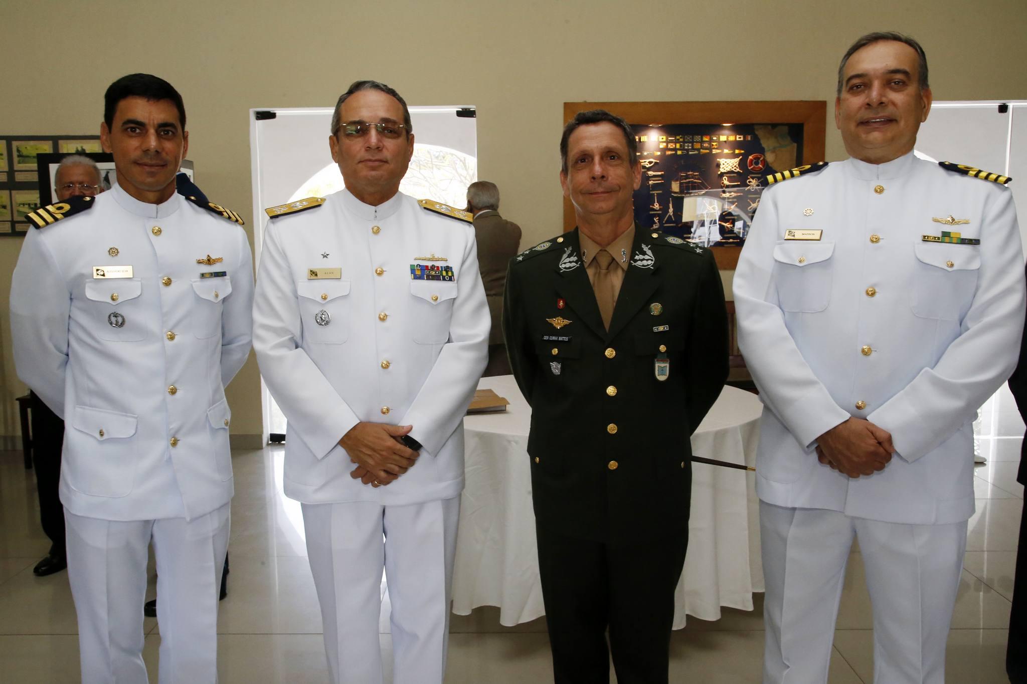 Escola de Aprendizes-Marinheiros do Ceará realiza cerimônia de formatura e Juramento à Bandeira
