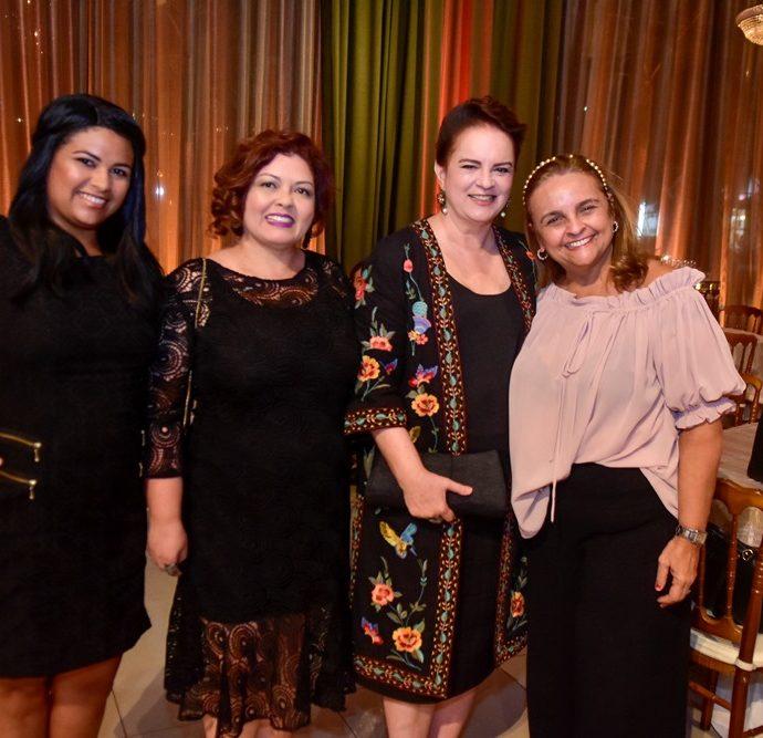 Alexsandra Oliveira, Waleska Viana, Ethel Whitehurst E Toca