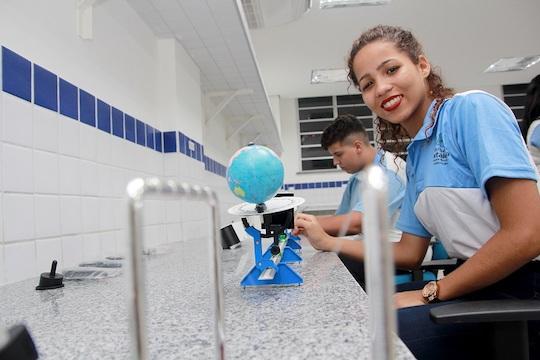 Roberto Cláudio inaugura a sua 25ª Escola de Tempo Integral