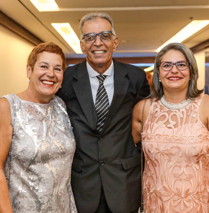 Ana Oliveira, Cabral Junior E Joana Oliveira