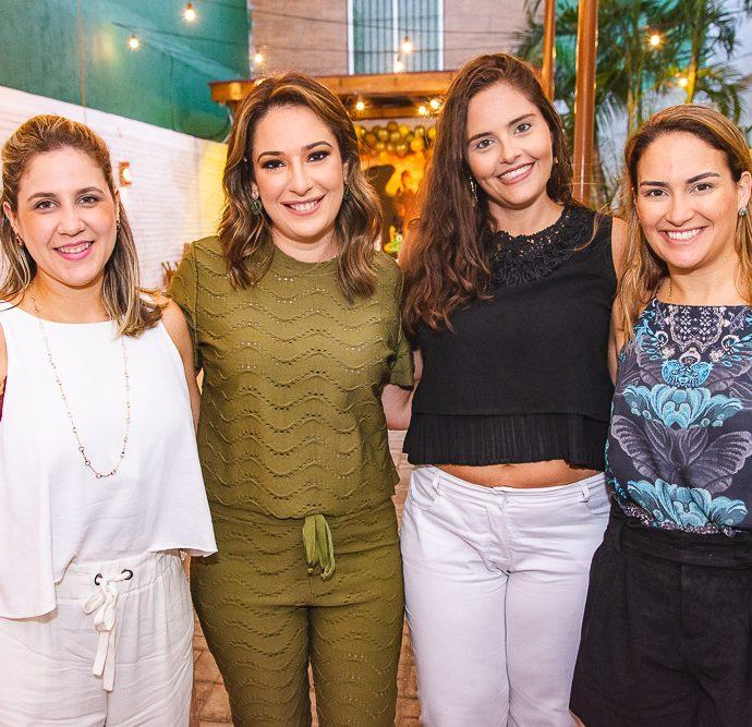 Ana Paula Aragao, Silvinha Leal, Gabriela Leal E Silvia Brandao