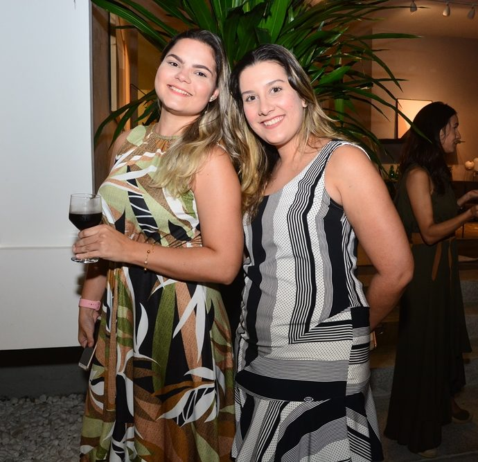 Ana Virgínia Soldom E Larissa Coelho