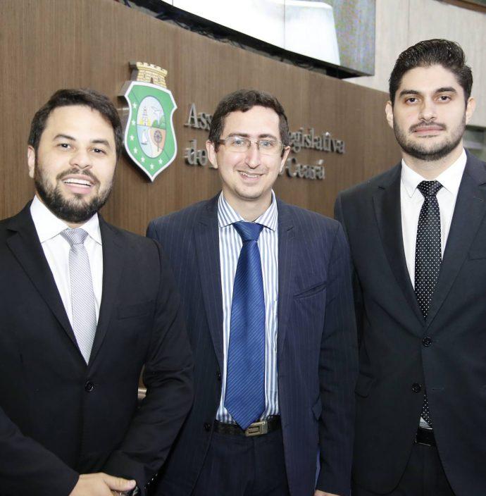 Anderson Palacio, Roberto Victor E Manaces Quindere