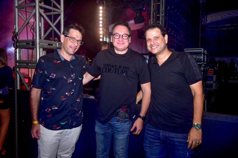 O Futuro é Mix - Villa Mix Fortaleza arrasta uma legião de fãs do sertanejo até a Arena Castelão