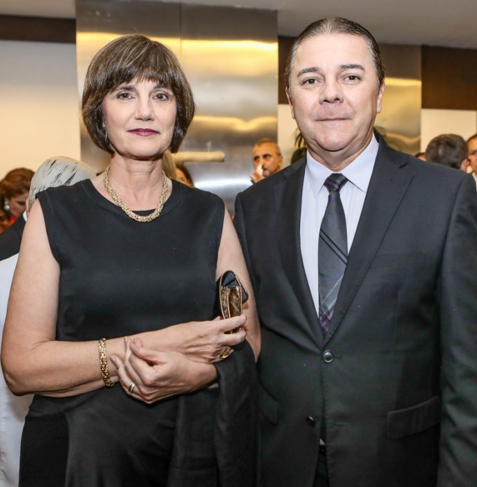 Andrea Bal E Eliseu Barros