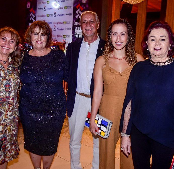 Bete Dias, Annette de Castro, Marcos De Castro, Annette Therese, Sasha De Castro, Geysa Rodrigues