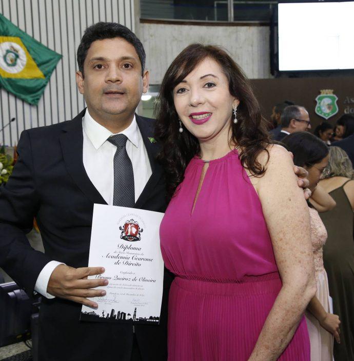 Bruno Queiroz E Gina Pompeu