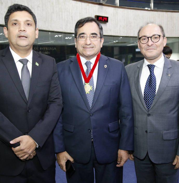Bruno Queiroz, Jardson Cruz E Alcides Saldanha