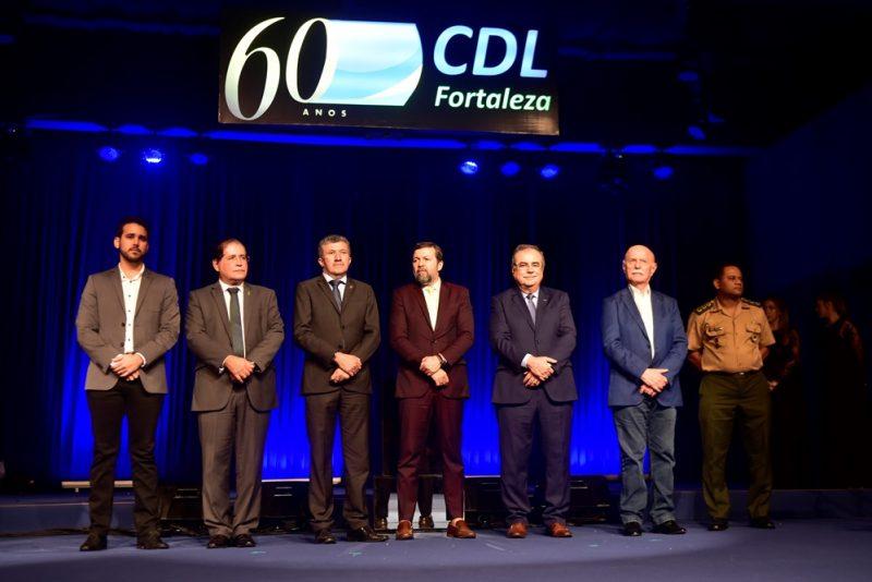 lojista do ano - CDL de Fortaleza entrega o Troféu Iracema 2019 ao empresário Wellington Holanda