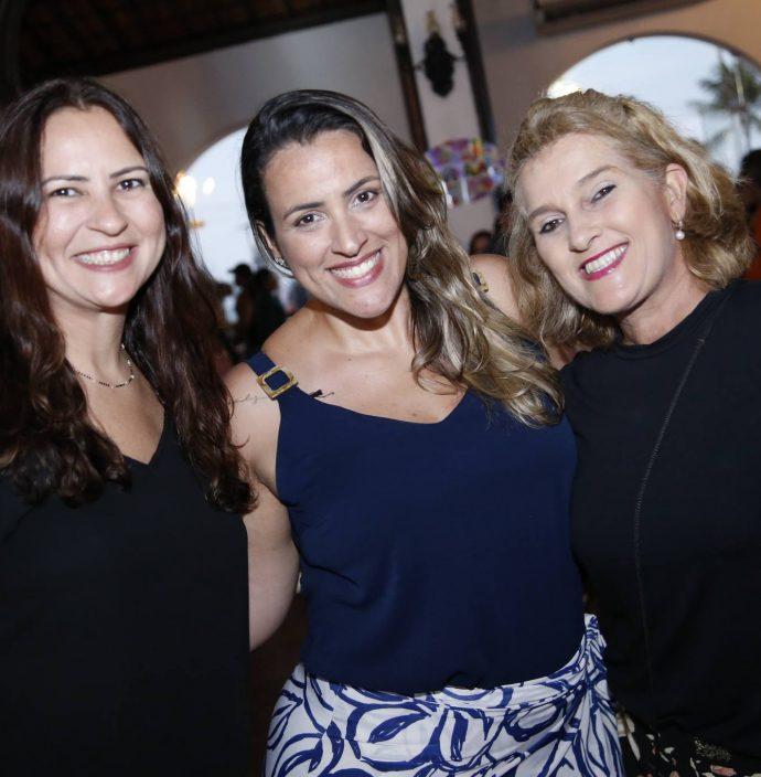 Camila Nobre, Giselle Marques E Lolo Aguiar