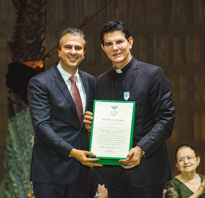 Camilo Santana E Padre Reginaldo Manzotti,