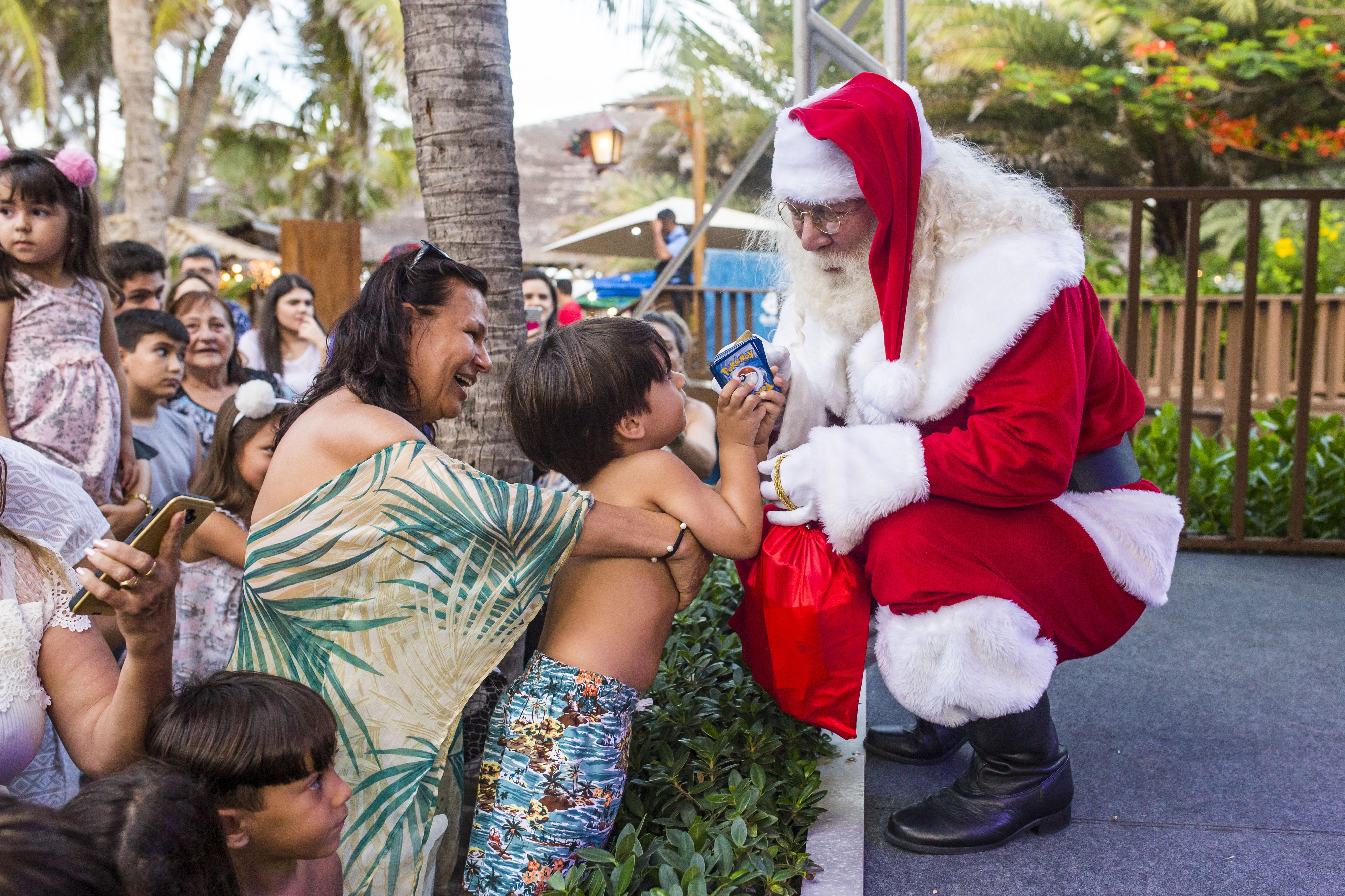 Beach Parque comandou final de semana animado com a chegada do Papai Noel