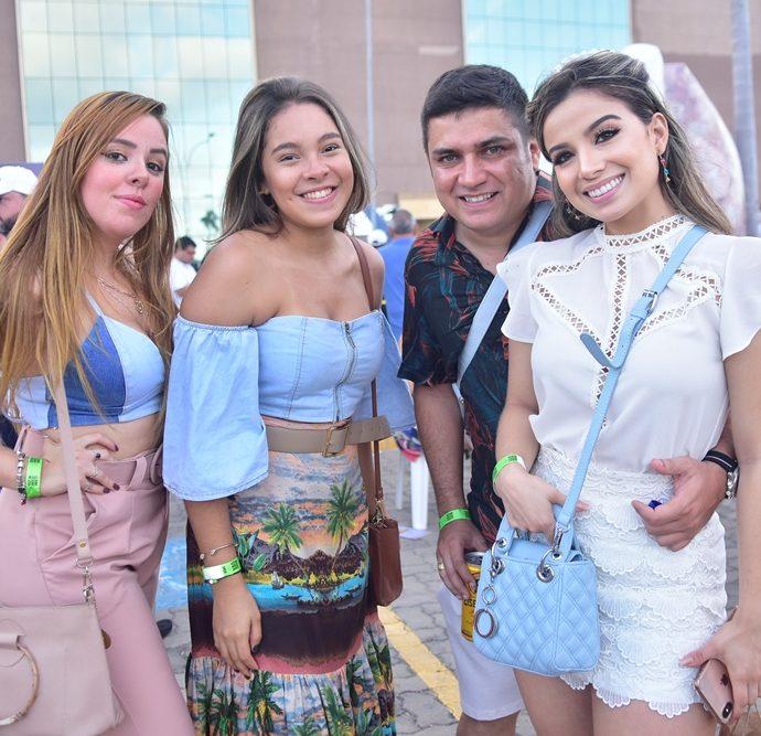 Carla Herbelly, Clara Oliveira, Rafael Silva, Erika Dantas