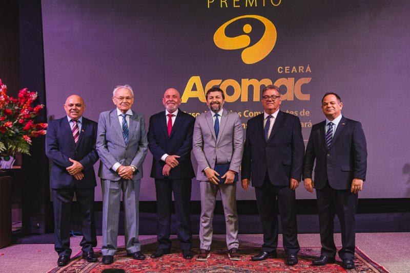 Carlito Lira, Raimundo Chagas, Candido Pinheiro, Elcio Batista, Rudi Soares E Lavanery Campos