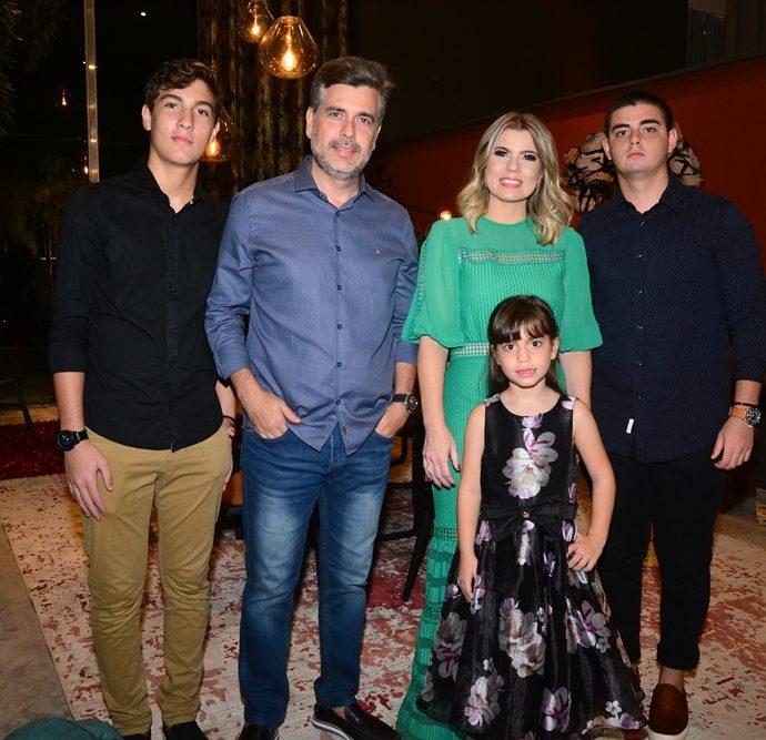 Carlos Henrique Almeida, Alexandre Pereira, Liliane Meira, Carlos Alexandre Filho E Ana Letícia