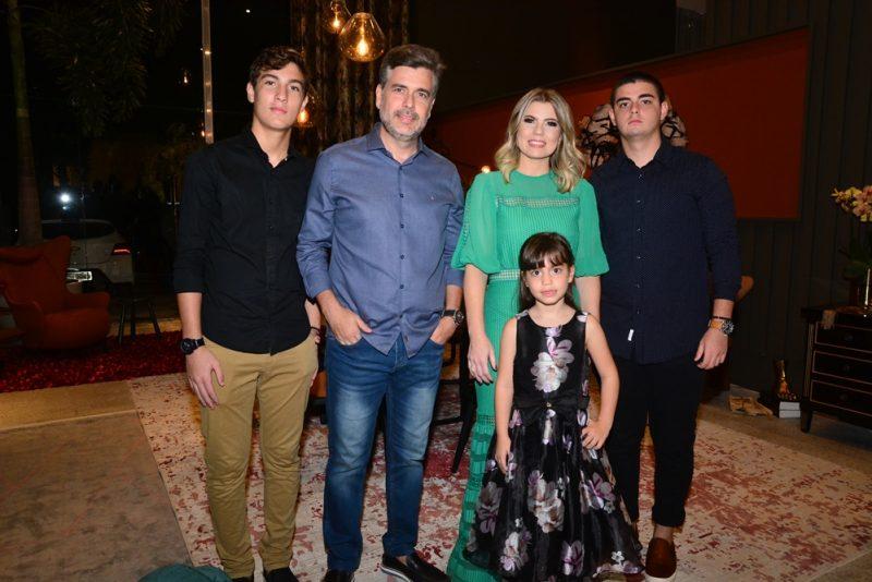 Carlos Henrique Almeida, Alexandre Pereira, Liliane Meira, Carlos Alexandre Filho E Ana Letícia (2)