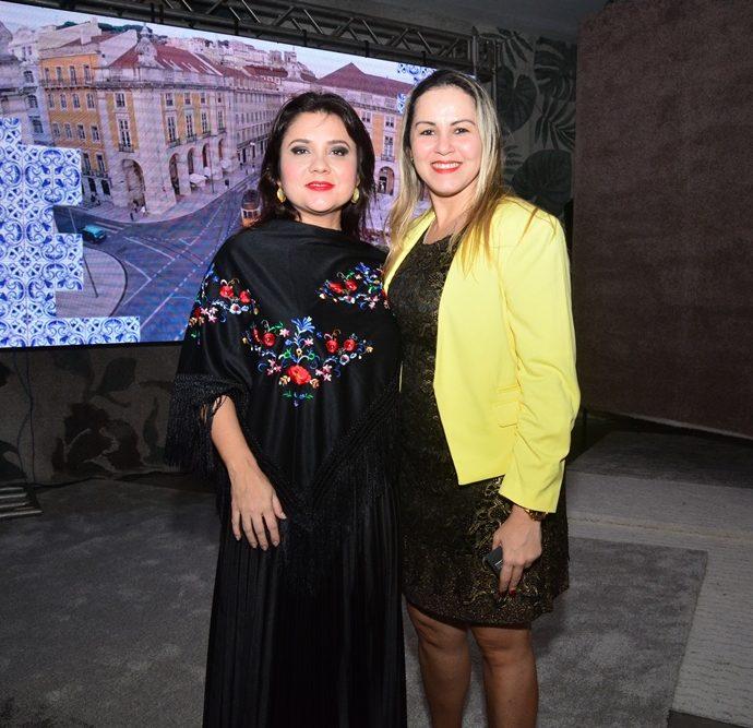 Carol Damasceno E Cristiane Campos