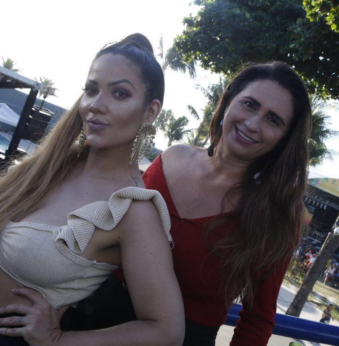 Clara Martoti E Karla Gomes