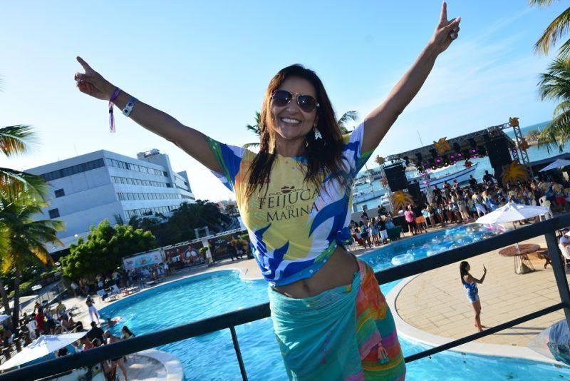 Get-together - Feijuca atrai uma turma animada até o Marina Park Hotel