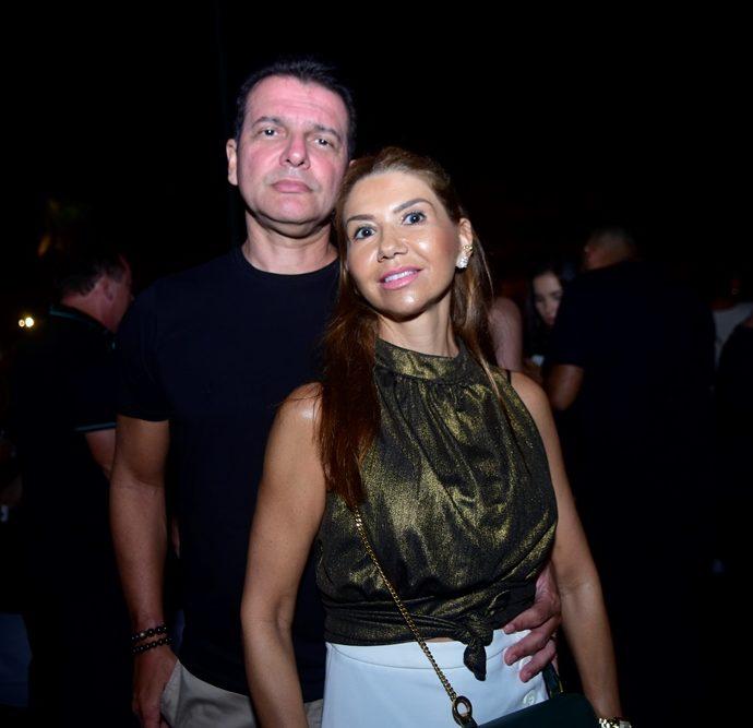 Claudio E Wayne Moreira