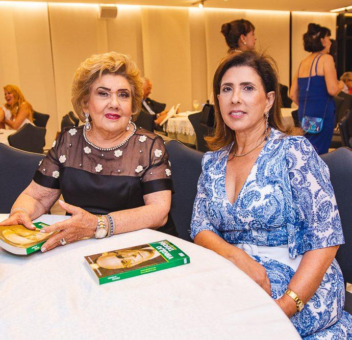 Consuelo E Regina Dias Branco