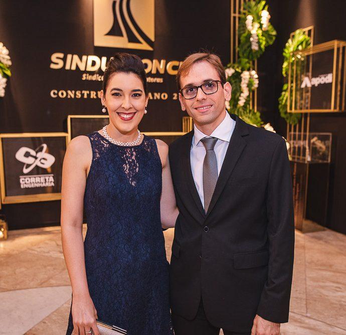 Daniela Crispim E Renato Quindere