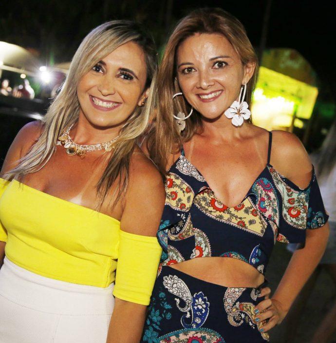 Danielle Goncalves E Lana Roncy