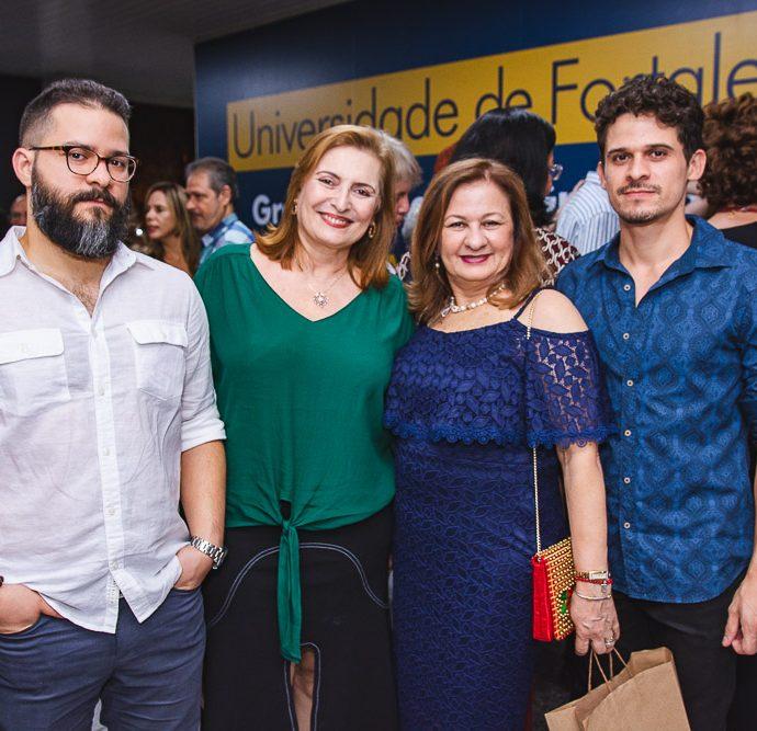 Delano Aragao, Luduina Paz, Lucia Paz E Davi Vaz