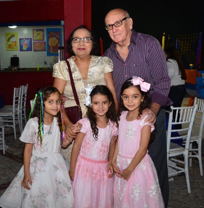 Denise, Roberto, Leticia, Mirela E Melissa Pimenta