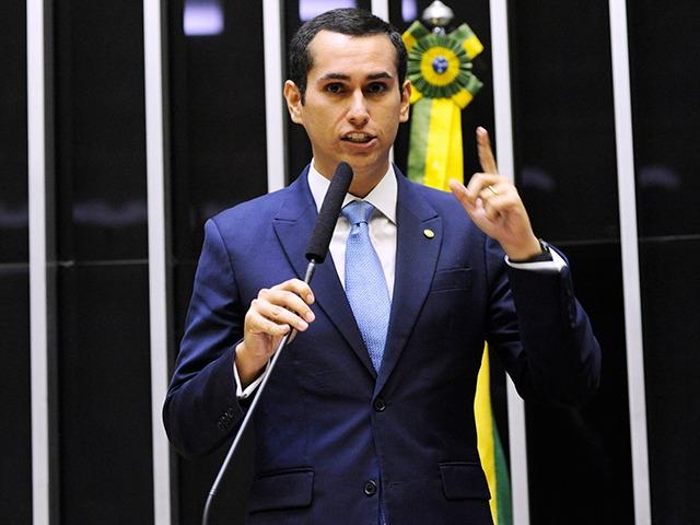 Fundo eleitoral de recursos 'será de 2 bilhões' anunciou Domingos Neto