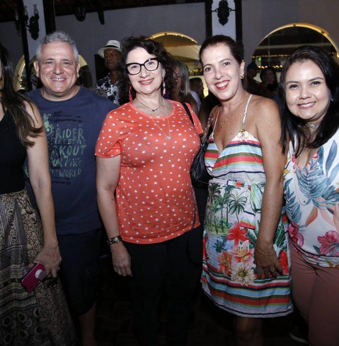 Dinaura Caminha, Paulo Henrique, Jessica Triandovole, Fernanda Aguiar E Aline Freire