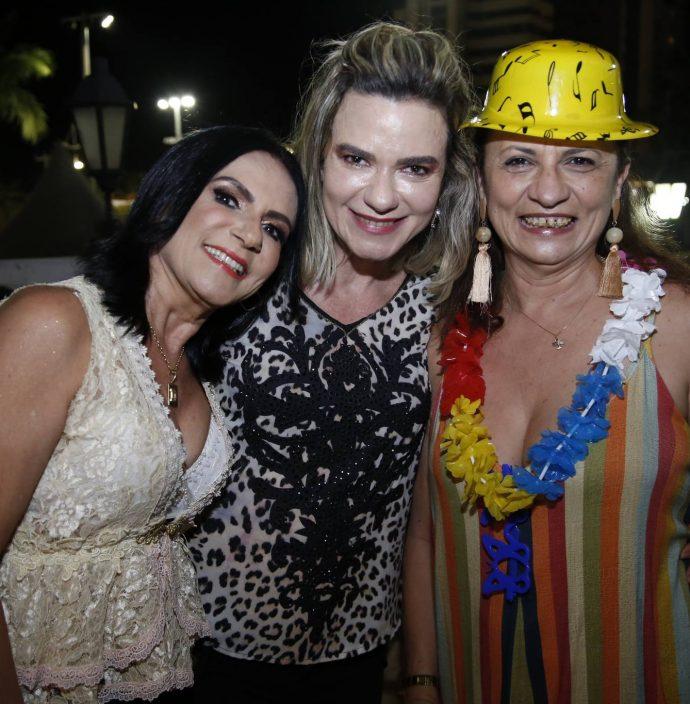 Dior Bernardo, Eugenia Sampaio E Maslova Mesquita