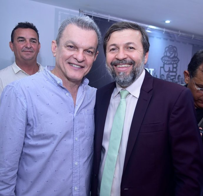 Dr.sarto, Élcio Batista