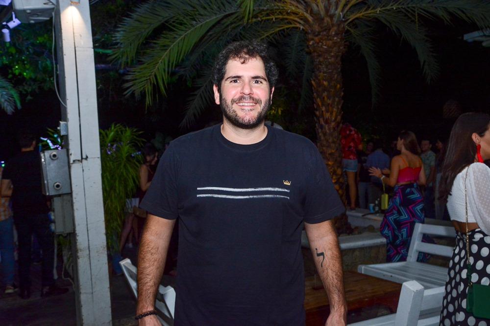 Eduardo Castelão implementa delivery solidário no Colosso Fortaleza. Vem saber!