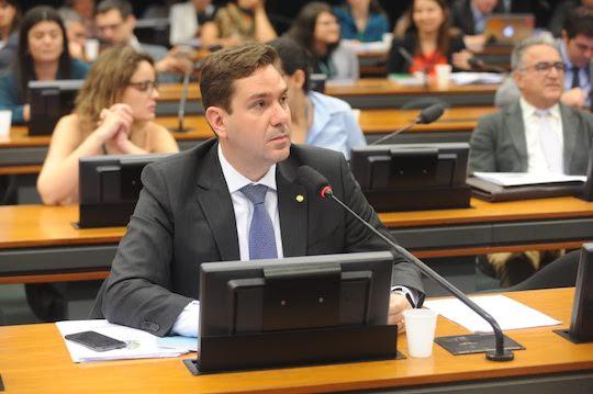 Eduardo Bismarck é destaque logo em seu primeiro ano legislativo