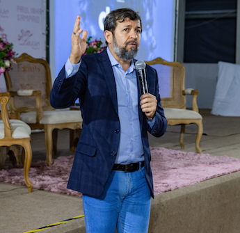 Élcio Batista abre dois eventos internacionais de tecnologia
