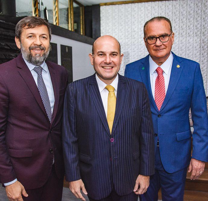 Elcio Batista, Roberto Claudio E Chiquinho Feitosa