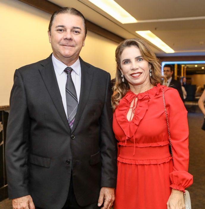 Eliseu Barros E Suemi Vasconcelos