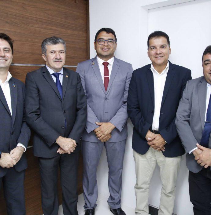 Erico Jovino, Antonio Henrique, Sargento Reginauro, Ezio Feitosa E Raimundo Filho